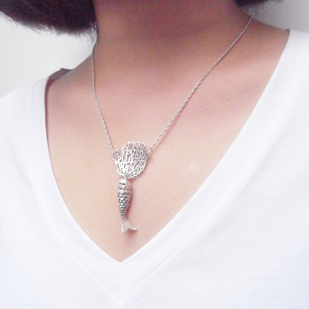 Momocreatura: Baby mermaid and coral necklace silver | Jewelry > Necklaces -  Hiphunters Shop