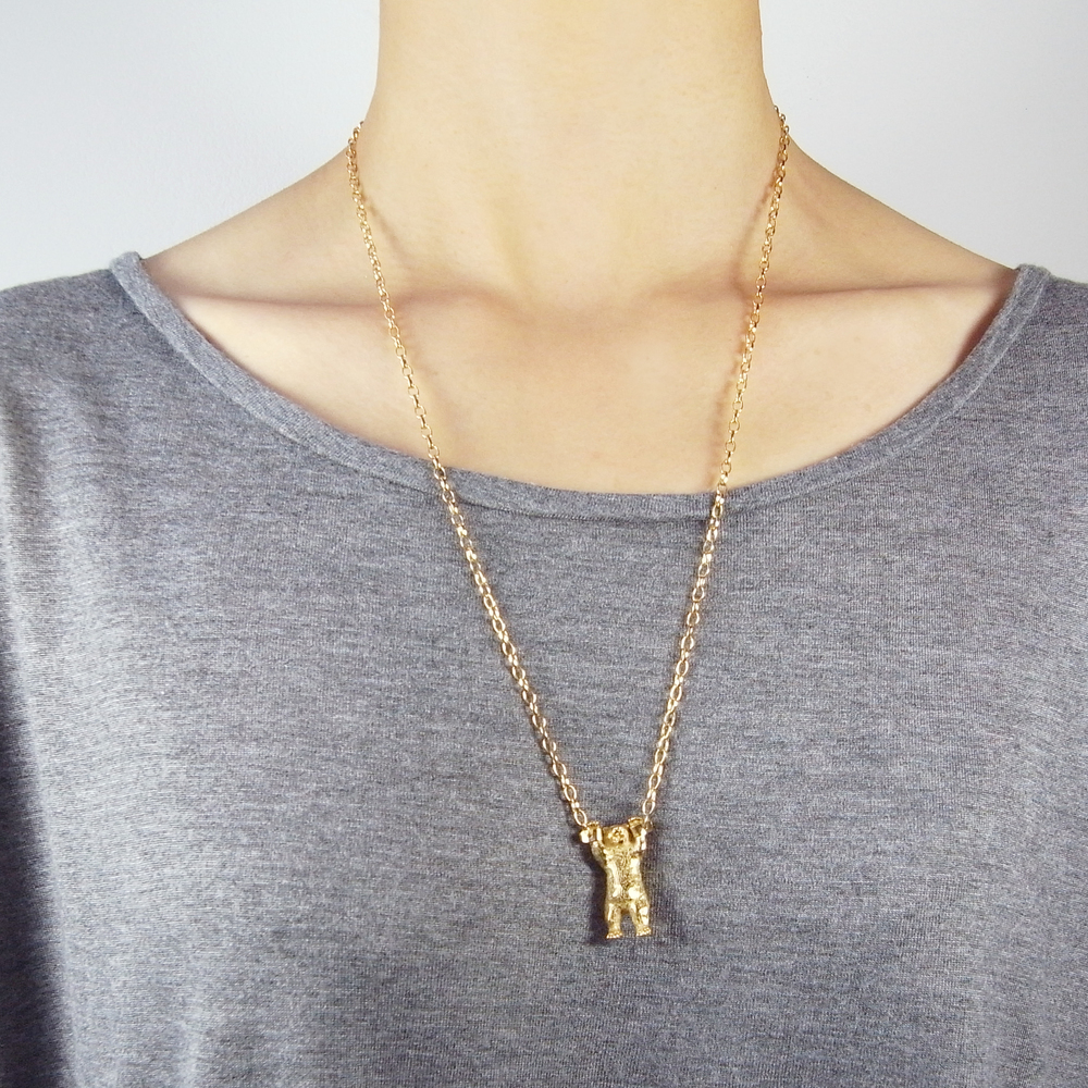 Momocreatura: Handcuffed bear necklace gold | Jewelry > Necklaces -  Hiphunters Shop