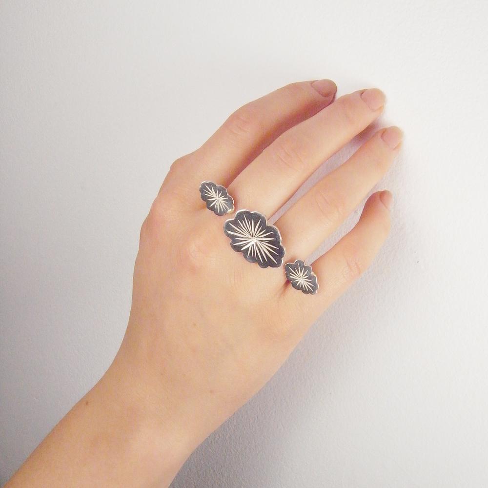 Momocreatura: Triple cloud ring gold  | Jewelry > Rings -  Hiphunters Shop