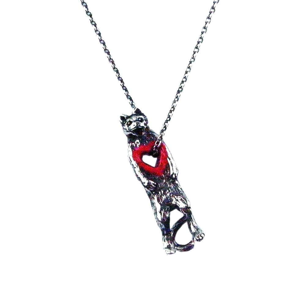 Stolen heart cat necklace silver