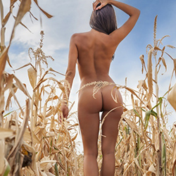 Erdélyi Melinda - Playboy