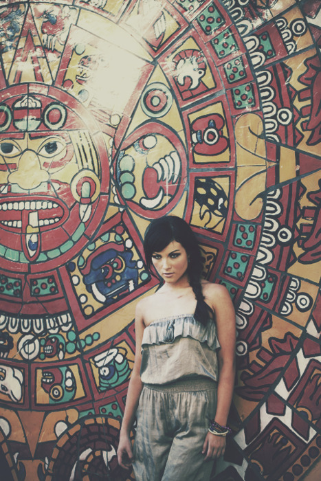 "›››∆‹‹‹   ""Devil In Me""     Faisca Fashion   Designer/Stylist - Janice Kim Hair/Make-Up - Dora Kim Model - Nicole Castillo  Photographer/Editor - Calvin Lim"