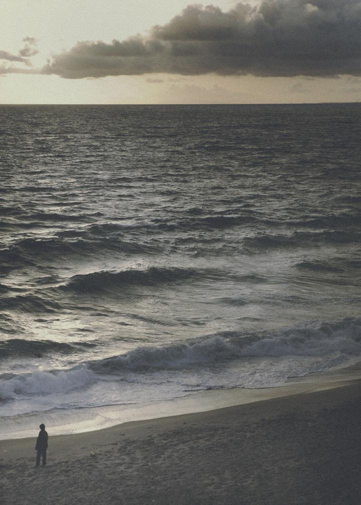 nothing ness.    Camera: 5D MRKII // 24-70   Location: Laguna Beach, Ca