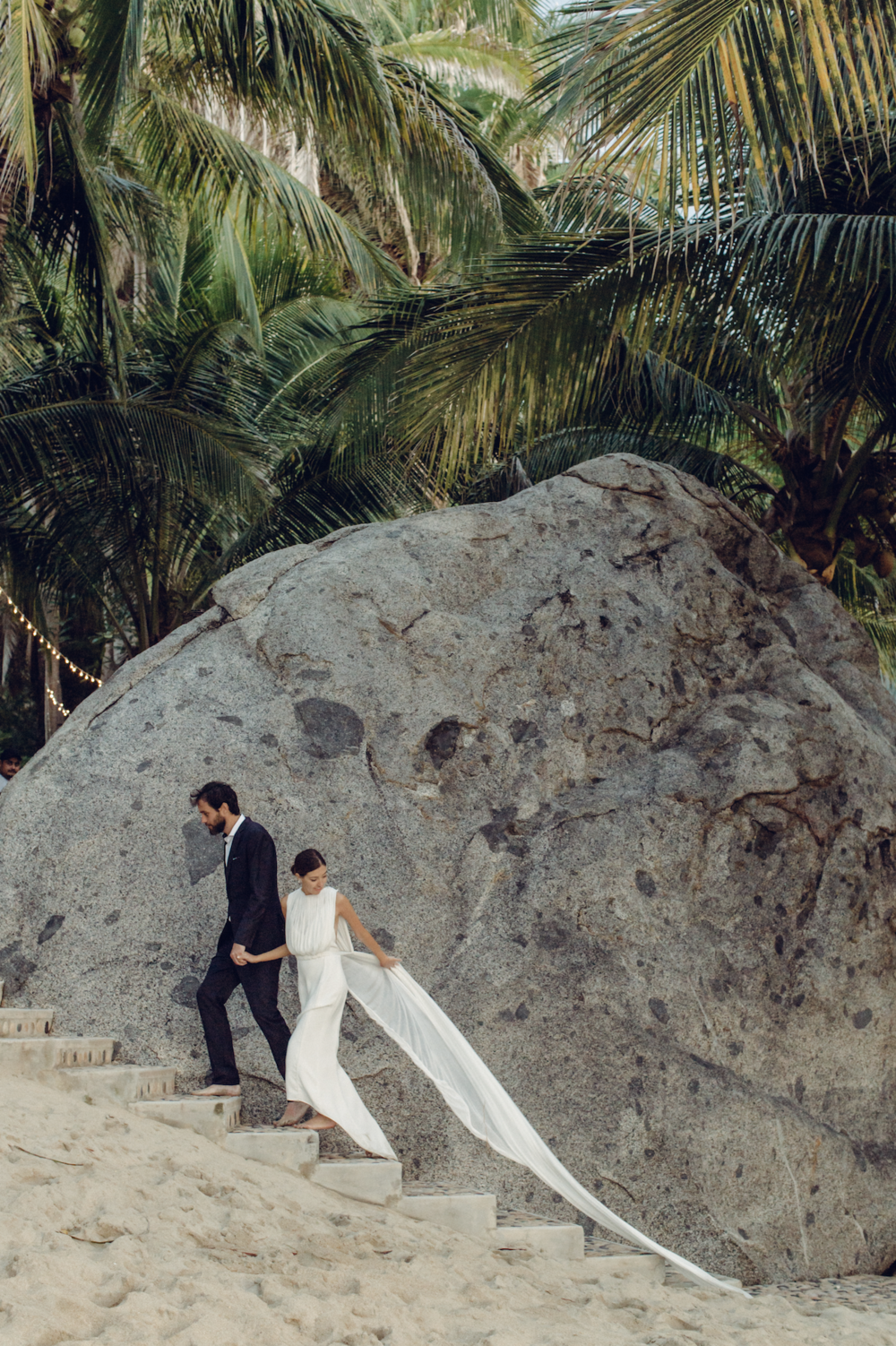 HAILLEY+HOWARD+DESTINATION+WEDDING+PHOTOGRAPHER_SAYULITA+WEDDING+PHOTOGRAPHER+MEXICO.png