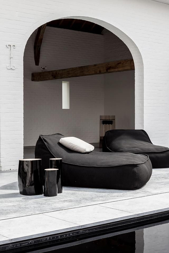 contemporary-outdoor-design-hvo-cafeine-architectuur-interieur.jpg