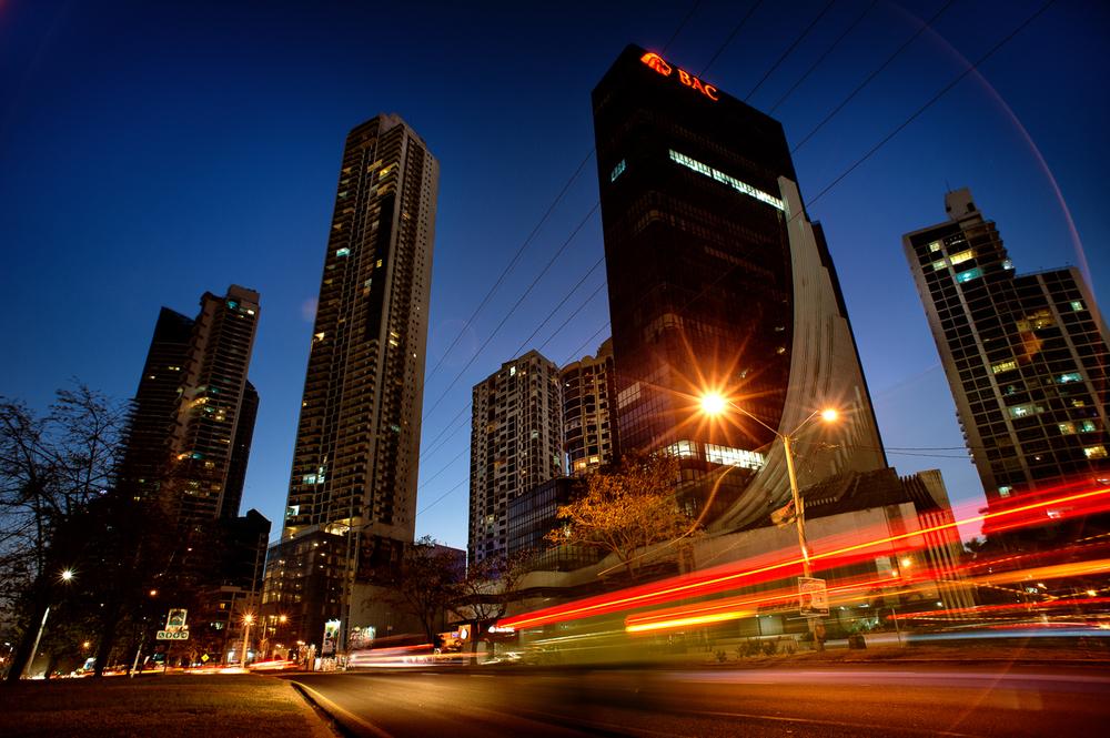 Plataforma Corporativa: Clientes, Ejecutivos, Invitados.   Para Tu Empresa    Corporate