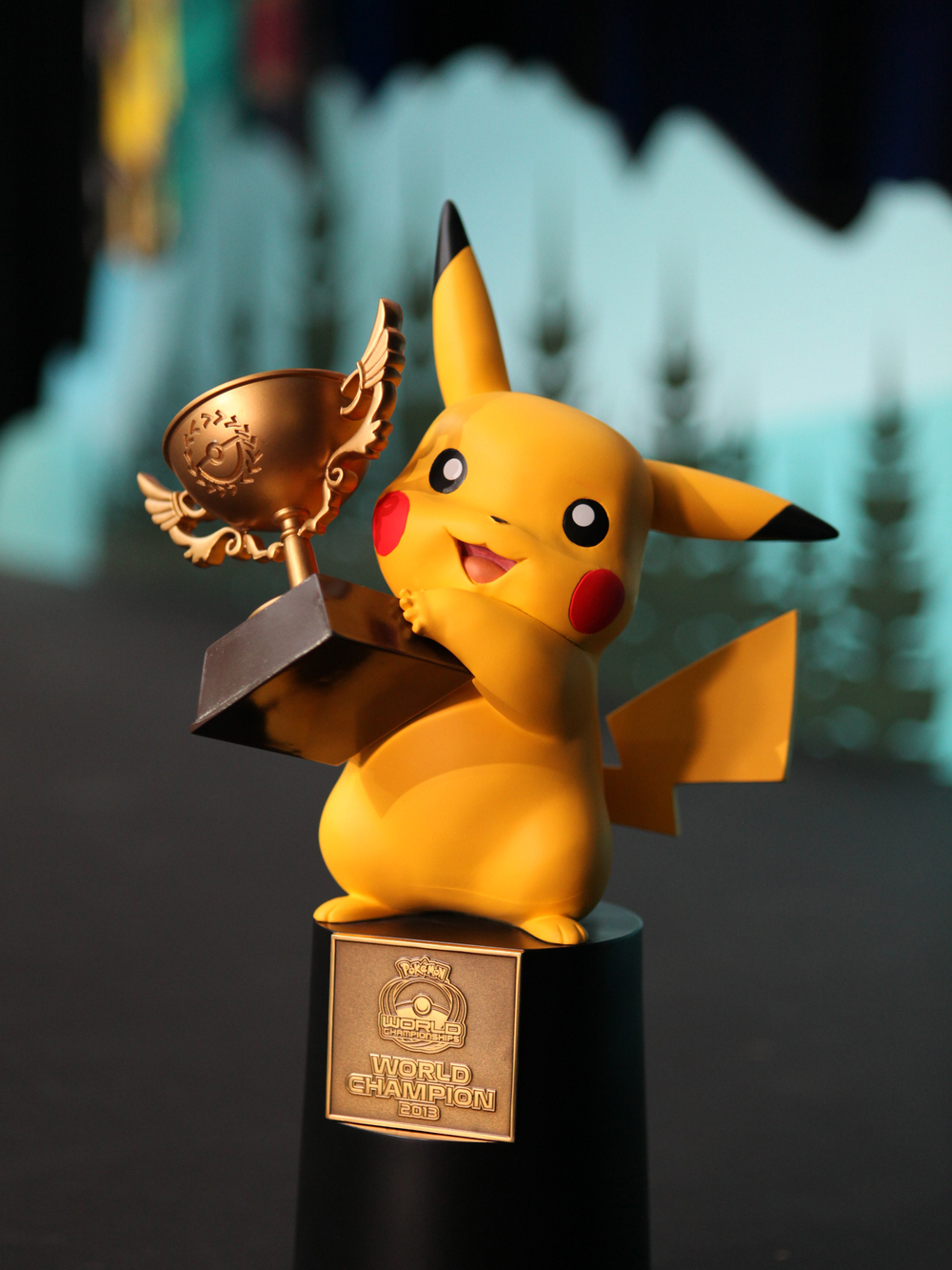 Pokemon World Champion Trophy.jpg
