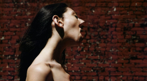 Inez Van Lamsweerde and Vinoodh Matadin,Me Kissing Vinoodh (Passionately), 1999