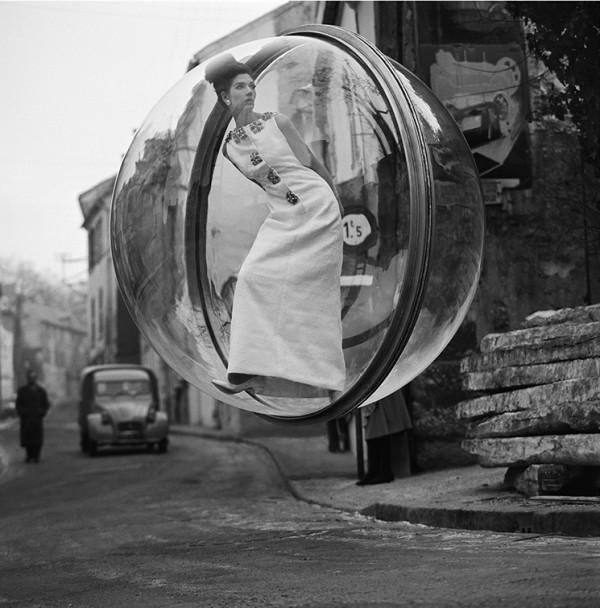 Melvin Sokolsky ,  Delvaux Street , 1963 (2012)