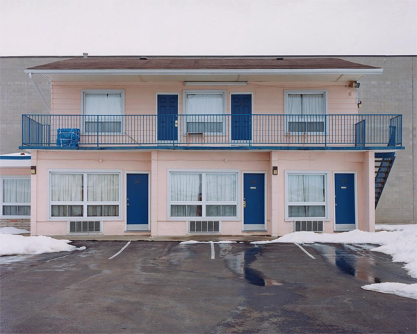 [Alec Soth,  Advantage Inn . Available as part of Art For Obama Auction]
