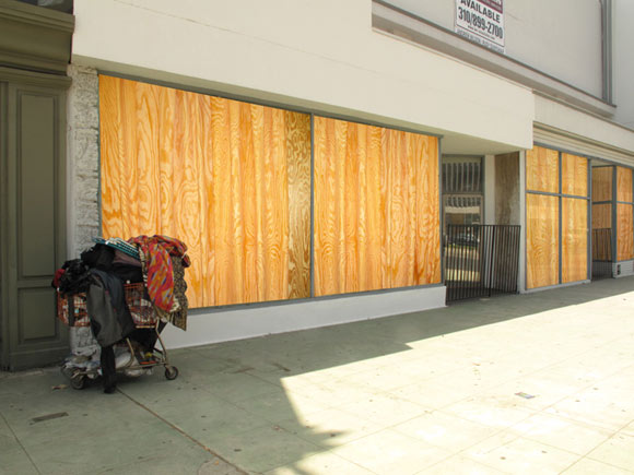 Jennifer Bolande, Plywood Curtains, 2010, installation view South Lake Avenue, Pasadena