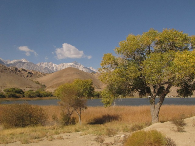 Diaz Lake was created in the Lone Pine earthquake of 1872