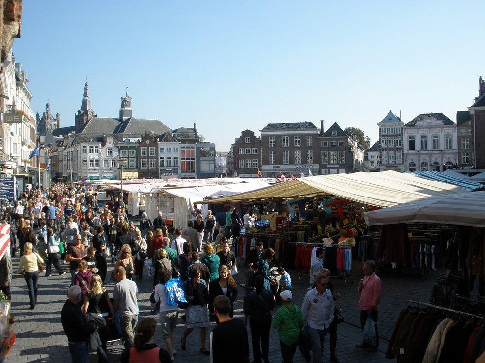 Weekend market in s'Hertogenbosch
