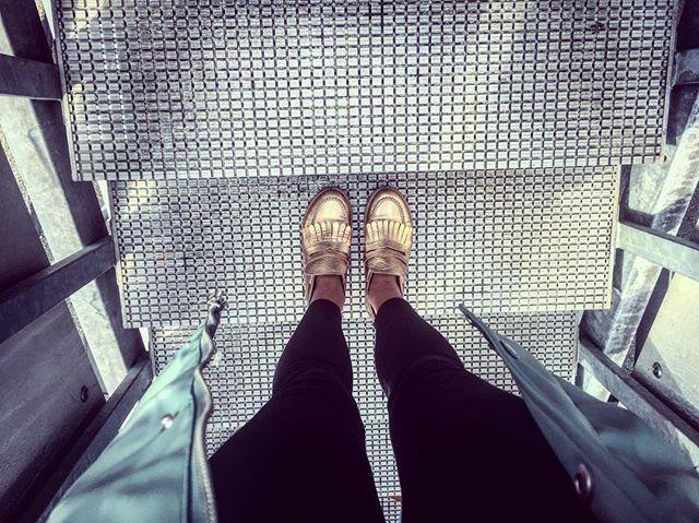 Golden shoes ✅ Raincoat ✅ #galwaygirl in the making 😃✌🏼🎬 💕 #galwayfilmfleadh #ireland #galway #filmfestival #producing #featurefilm #marketplace #WILLIAM #indiefilm #film #filmmaker #filmmaking #schiphol #flying #traveling #cinematography #cine #wanderlust #moviemaking #adventurethatislife #filmlife #goldenshoes #airplane #suncat #suncatproductions