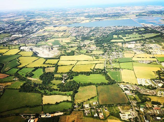 Missing Ireland already... 🇮🇪🍻🎞😻🍀 Back VERY soon!! #filmlife #ireland #view #planeview #producing #featurefilm #WILLIAM #womeninfilm #cinematography #filmmaking #filmmaker #suncat #suncatproductions
