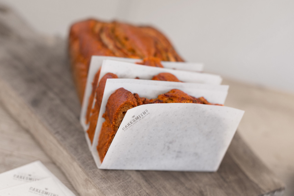 cakesmiths-loaf-parchment-paper-cake-slices-by-get-it-sorted.jpg