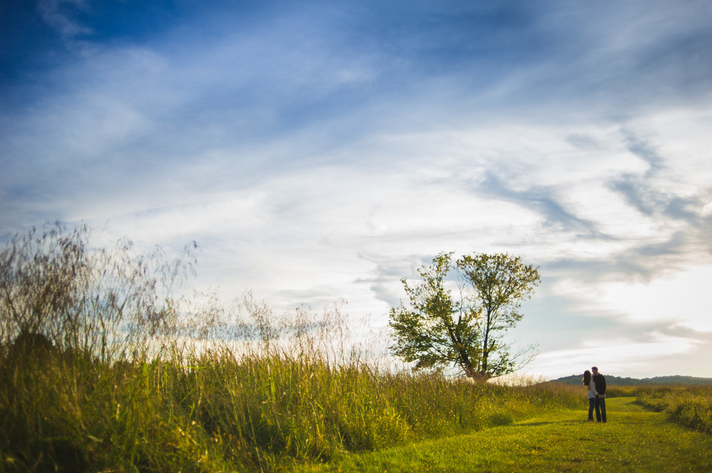 valley-forge-park-engagement-session-10.jpg