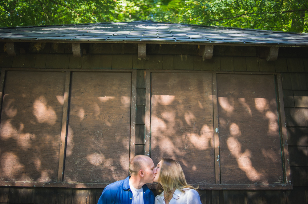 brandywine-park-city-of-wilmington-engagement-session-2.jpg