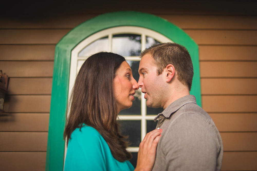 carousel-park-delaware-engagement-session-16.jpg