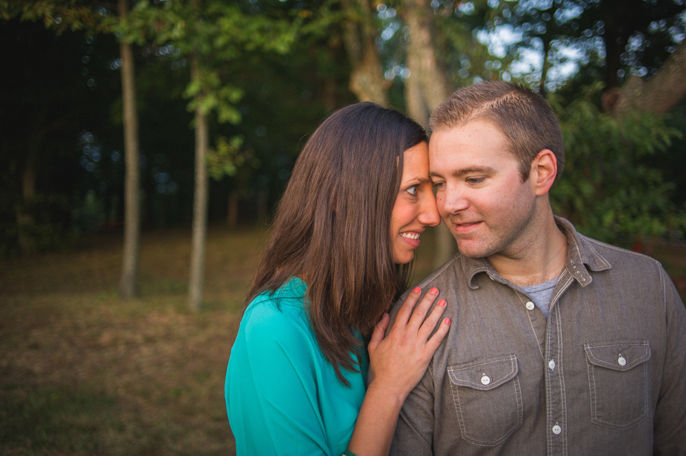 carousel-park-delaware-engagement-session-22.jpg