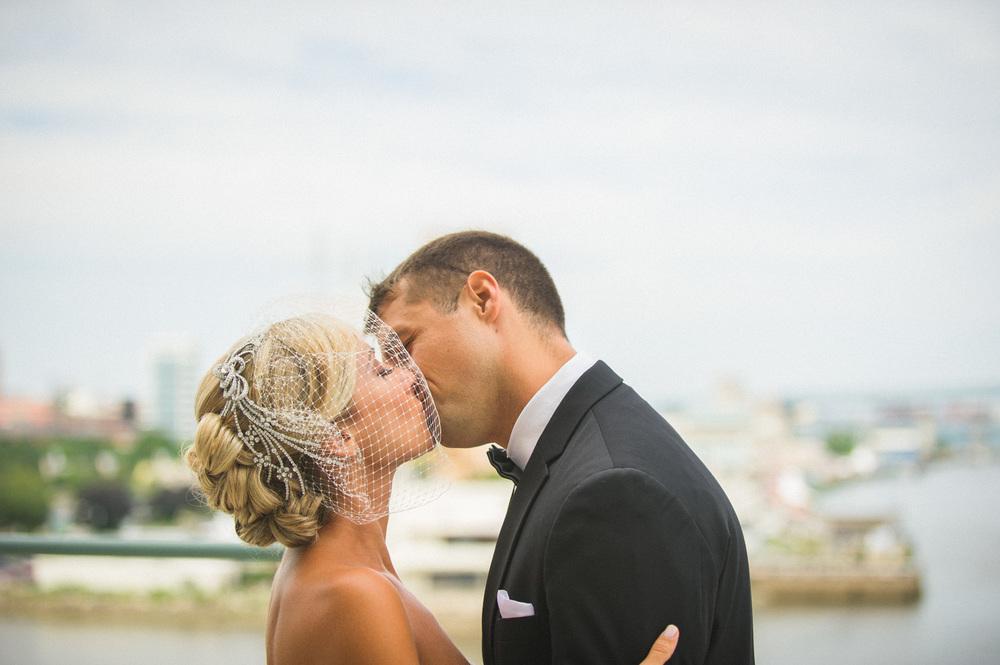 front-and-palmer-philadelphia-wedding-5.jpg