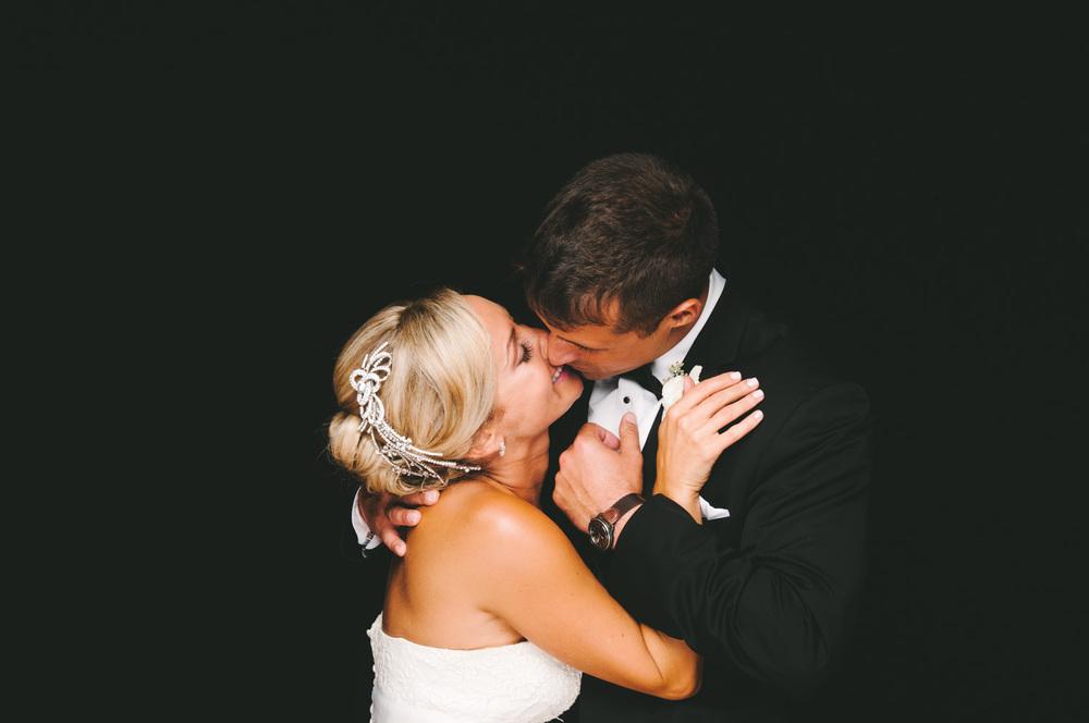 front-and-palmer-philadelphia-wedding-33.jpg