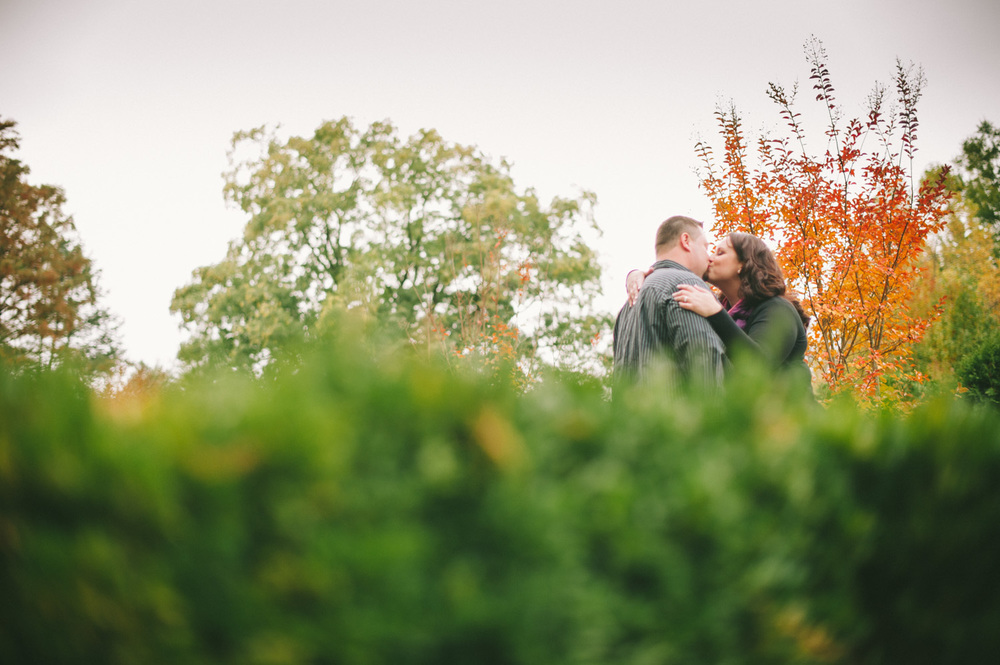 longwood-gardens-engagement-session-4.jpg