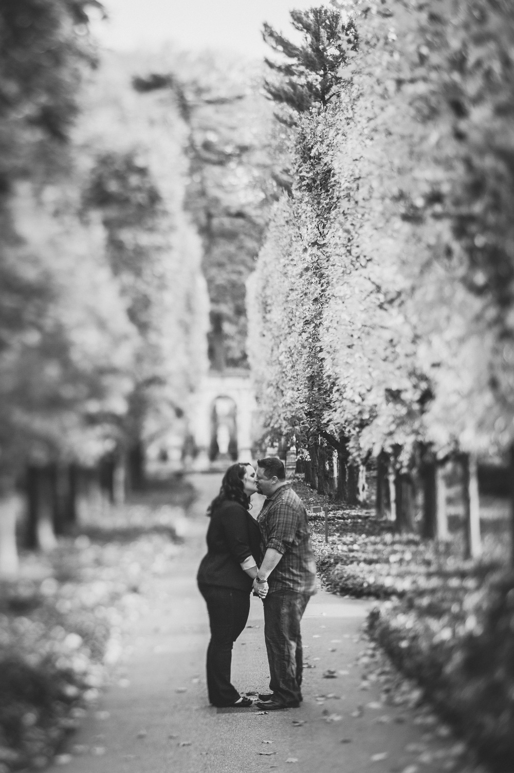 longwood-gardens-engagement-session-13.jpg