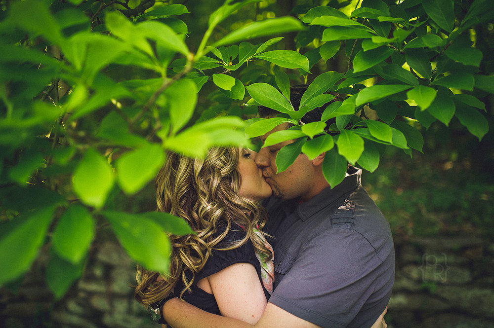 ridley-creek-state-park-engagment-session-4.jpg
