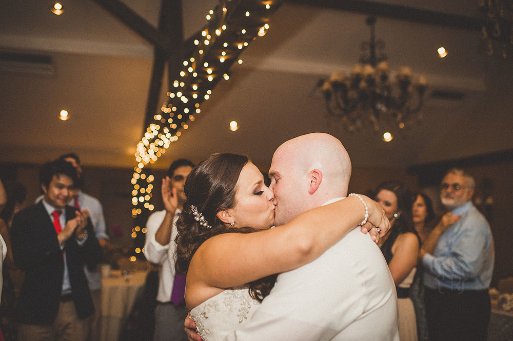 pat-robinson-photography-normandy-farm-wedding-35.jpg