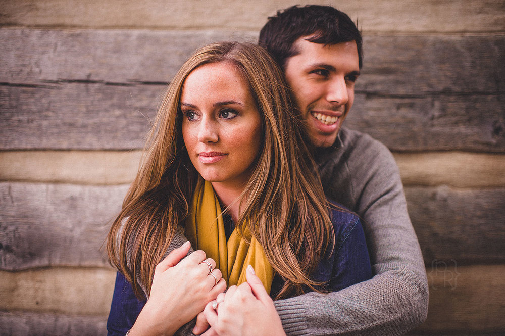pat-robinson-photography-doylestown-engagement-session-7.jpg