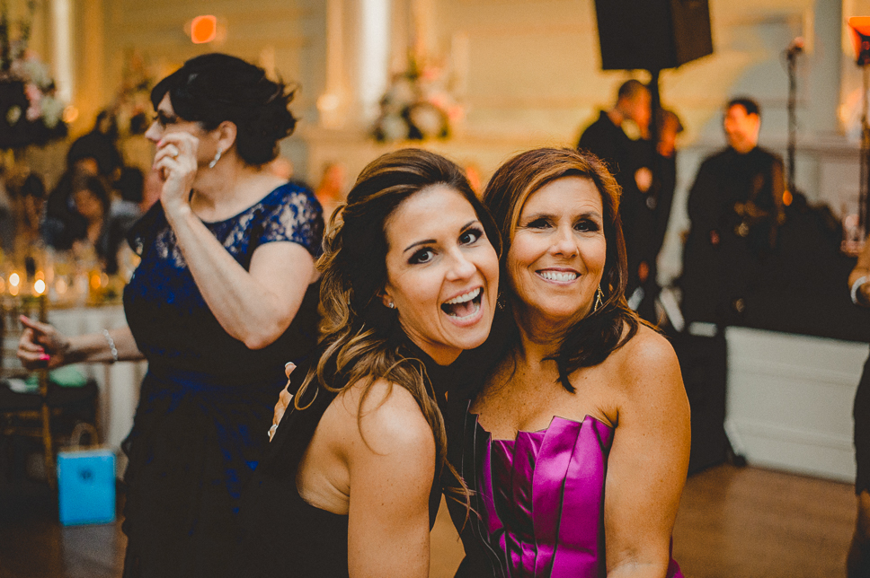 Pat-Robinson-Photography-cescaphe-ballroom-philadelphia-wedding055.jpg