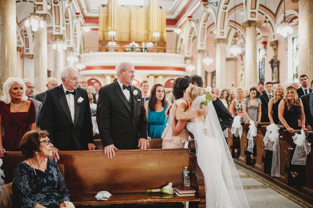 ritz-philly-philadelphia-wedding-photographer-33.jpg