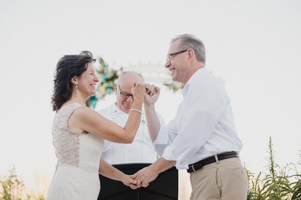 bethany-beach-wedding-photographer-25.jpg