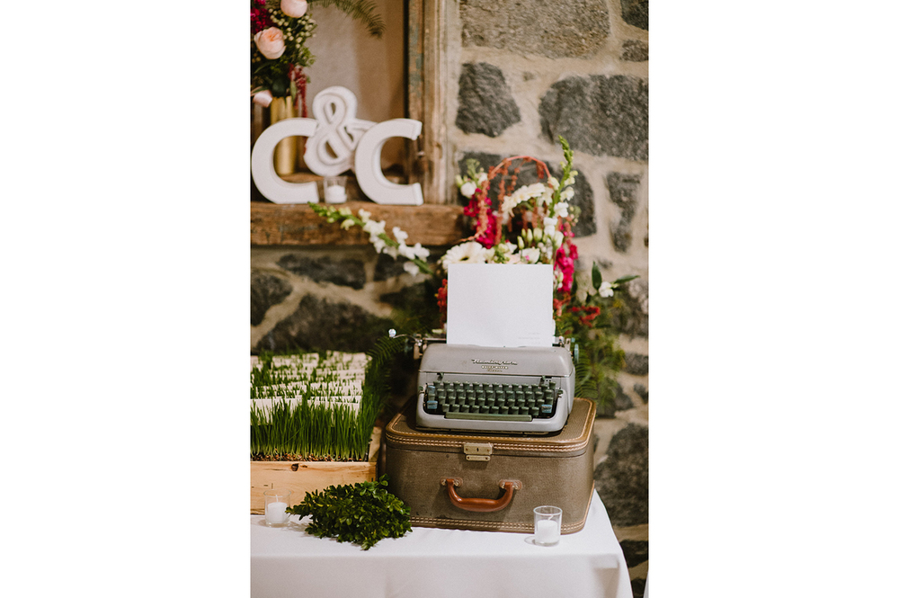 The_Carriage_House_at_Rockwood_Park_wedding_photo075.jpg