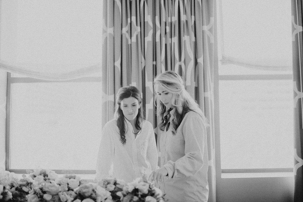 downtown-club-philadelphia-wedding-photographer-12.jpg