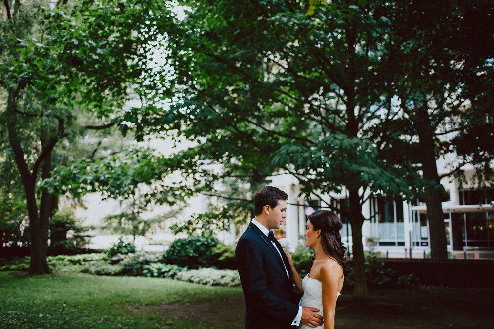 downtown-club-philadelphia-wedding-photographer-38.jpg