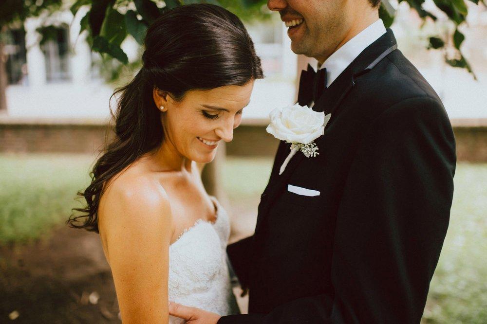 downtown-club-philadelphia-wedding-photographer-41.jpg