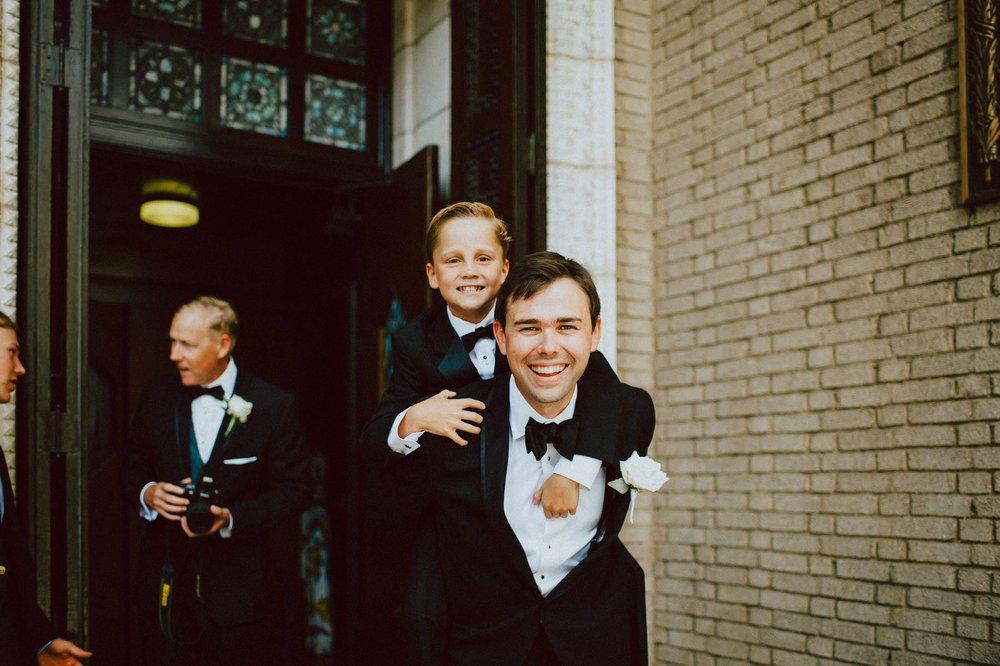 downtown-club-philadelphia-wedding-photographer-58.jpg
