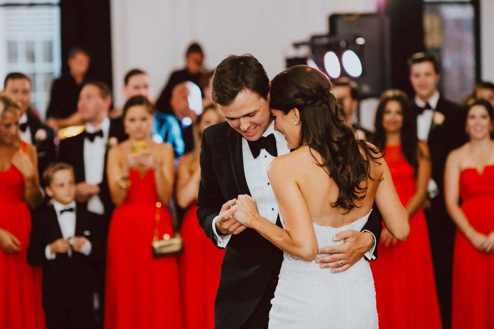 downtown-club-philadelphia-wedding-photographer-100.jpg