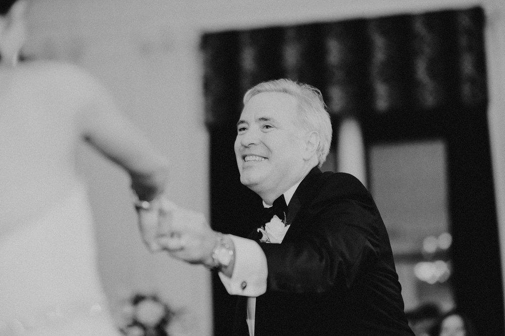 downtown-club-philadelphia-wedding-photographer-107.jpg