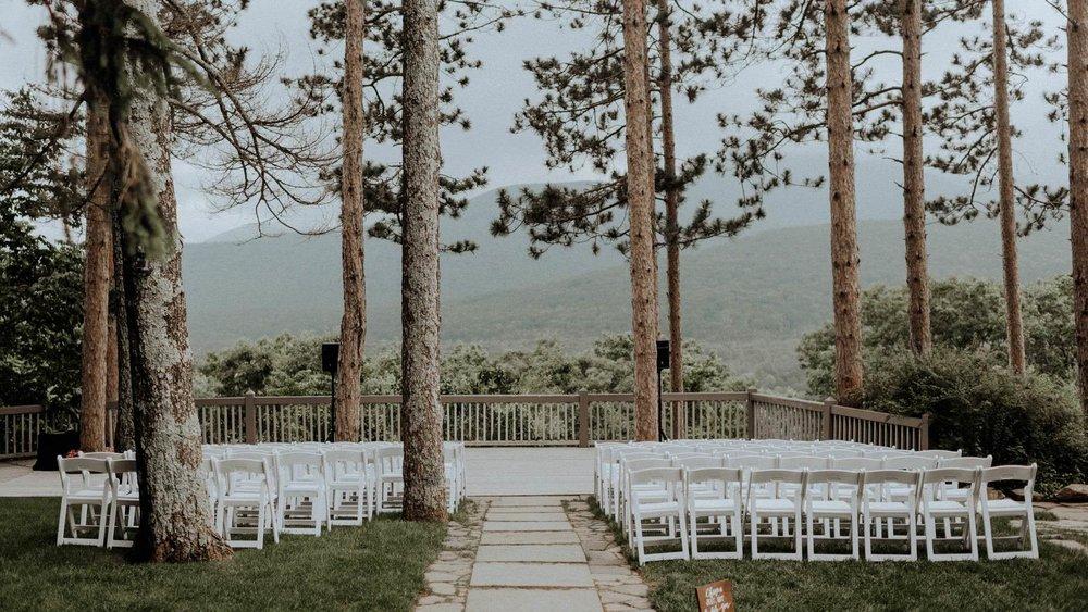 Onteora-Mountain-House-wedding-photographer-82.jpg