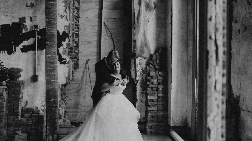 155-149-excelsior-lancaster-wedding-6.jpg