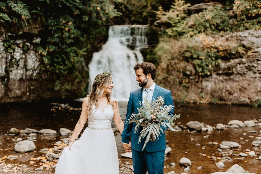 024-Tall-timber-barn-wedding-25.jpg