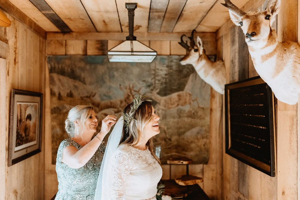 033-Tall-timber-barn-wedding-46.jpg