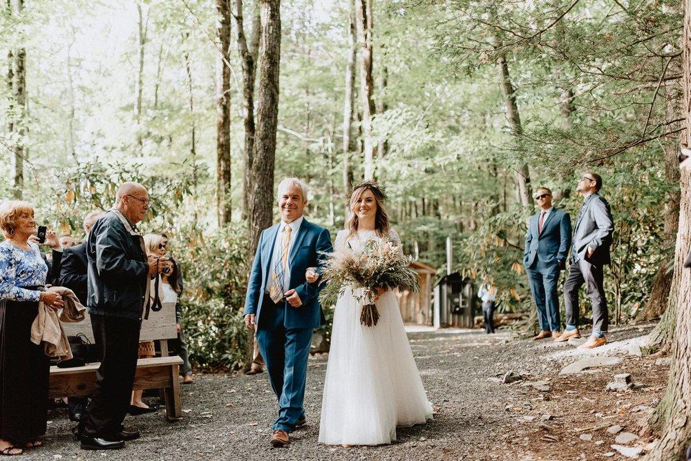 036-Tall-timber-barn-wedding-50.jpg