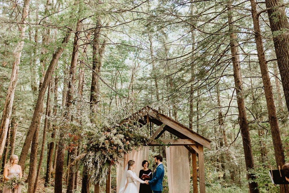 039-Tall-timber-barn-wedding-53.jpg