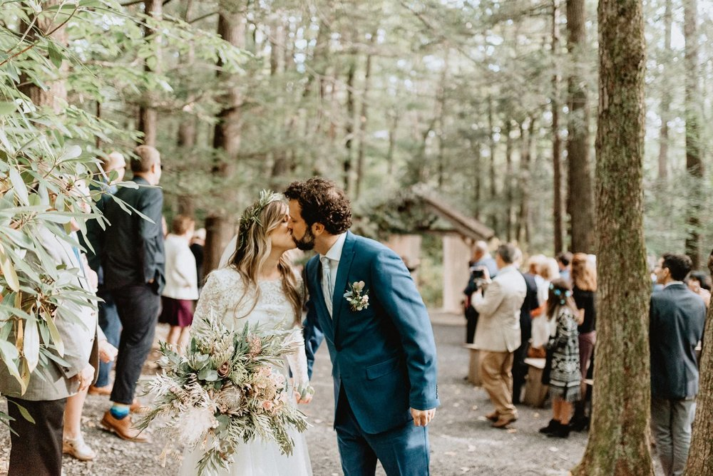 047-Tall-timber-barn-wedding-62.jpg