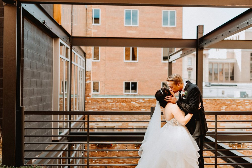 excelsior_lancaster_wedding_photographeer-017.jpg