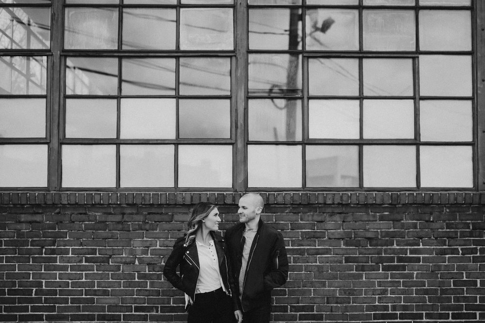 northern_liberties_engagement_session-5.jpg